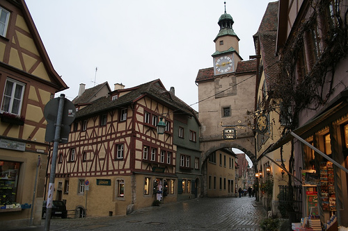 8A_Architecture_Medieval-Town